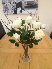 CREAM ROSES & TWIGS IN GLASS VASE WITH WATER