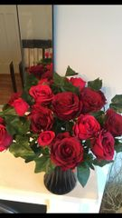 EXTRA LARGE RED ROSE & IVY TRUE ROMANCE BLACK VASE ARRANGEMENT