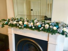 LUXURY MODERN BLUE, IVORY & SILVER 9FT CHRISTMAS GARLAND WITH LARGE SILK ROSES & BAUBLES