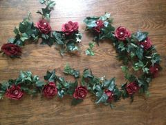 6FT BURGUNDY ROSE & CRYSTAL IVY GARLAND DECORATION