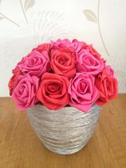 BEAUTIFUL FAUX PINK & RED ROSES ARRANGEMENT IN STYLISH METALLIC SILVER CERAMIC POT