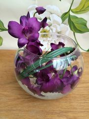 STUNNING PURPLE ORCHID & BEAR GRASS ARTIFICIAL FLOWER ARRANGEMENT IN GLASS BOWL WITH WATER