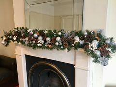 LUXURY HANDMADE SPARKLING WHITE & SILVER EXTRA LONG 9 FT CHRISTMAS GARLAND
