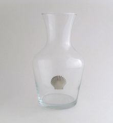 Wine Carafe with Pewter Clam