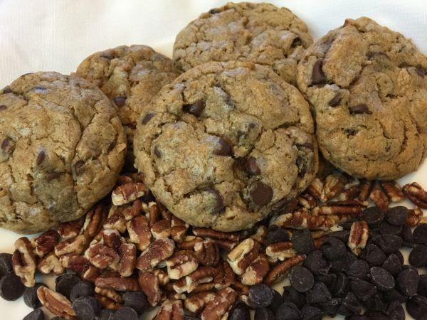 Go Texan/Chocolate Chip & Texas Pecans 1 dozen