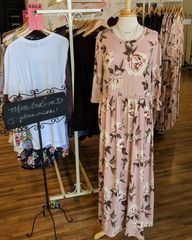 Blush Floral 3/4 Sleeve Plus Size Maxi Dress