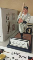New York Yankees Babe Ruth Facsimile Autographed Romito Figure Statue