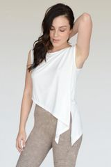 LADIES/WOMENS ASYMMETRICAL HEM KNIT TOP NWT OFF WHITE