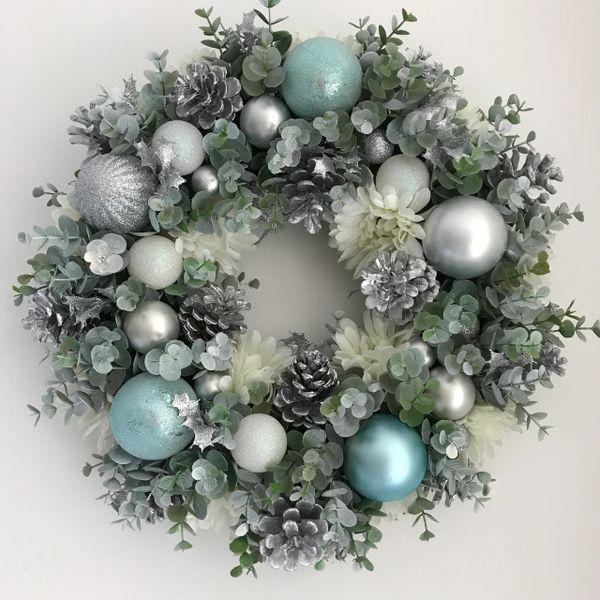 christmas silver duck egg blue wreath