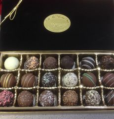18 Cavity Assorted Truffles Gift Box