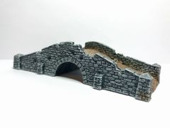 (Ready Painted) 10mm Battle Damaged Stone Bridge