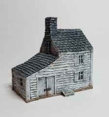 (10mm) Clapboard Farmhouse with Carriag Shed (10B010)