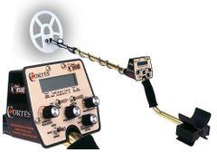 Tesoro Cortés Metal Detector