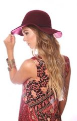 BURGUNDY SMALL BRIM FLOPPY HAT WITH BRAIDED SUEDE TRIM