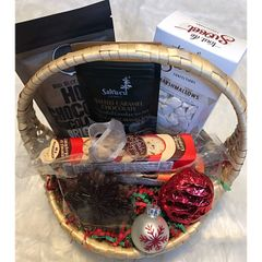 Small Hot Chocolate Gift Basket