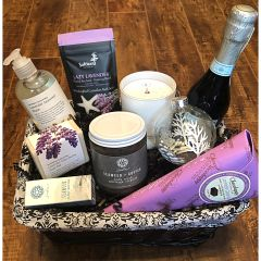Deluxe Holiday Lavender Gift Basket
