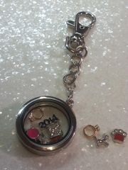 Living Locket or Floating key chain ( charms sold separately)