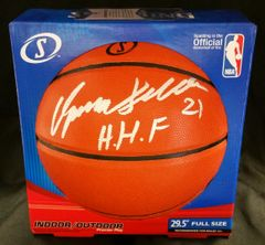 "Dominique Wilkins ""Human Highlight Film"" Auto Basketball w/ Beckett C.O.A."