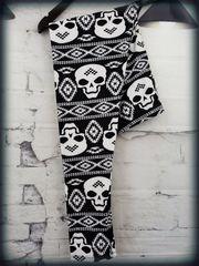 Leggings - Skull Sweater - XC1