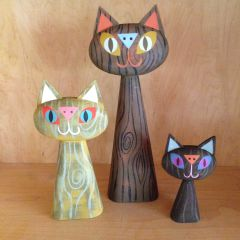 Woodgrain Cat Bust Trio