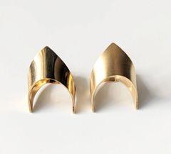 Wonder Woman Ring - Matte Gold