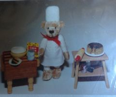 Chef Bearardee (Biddesden Bears)