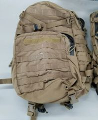 USMC Assault Pack - needs MAJOR repairs -- GRADE 4