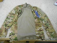 FR Combat Shirt original style by MASSIF -- new and light use (surpass 670-1)