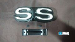 SS grill emblem 72 Chevy Chevelle El Camino GM resto part
