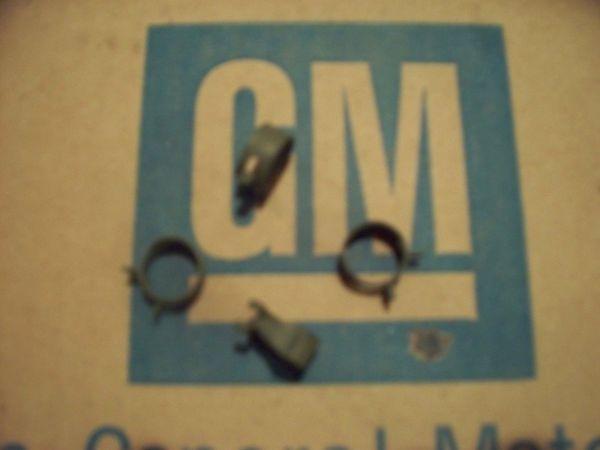 NOS fuel line clamp Chevy CHEVELLE CORVETTE CAMARO IMPALA ss rs/ss Nova 64-74