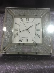Stunning crystal crackle and mirror square clock