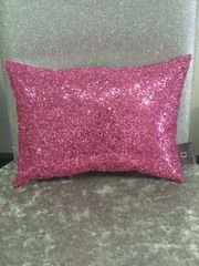 stunning Claira pink crackle scatter cushion 14x10inch