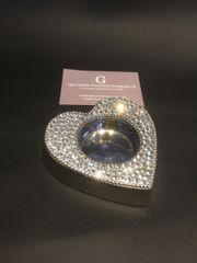 Beautiful crystal heart shape tealight holder