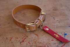 Nacho tan luxury leather dog collar