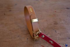Nacho tan luxury leather dog collar and lead set