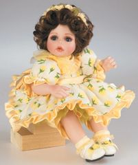 Yellow Rose of Texas Rose Bud