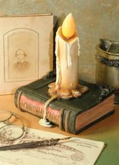 Charles Dickens Candle Book