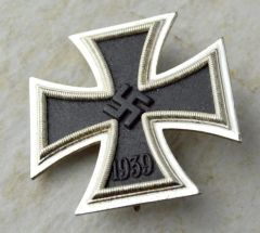 Unissued Cased L/11 Deumer EK 1 Iron Cross **SOLD**
