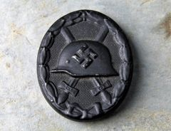 NEAR MINT GERMAN WWII WOUND BADGE IN BLACK