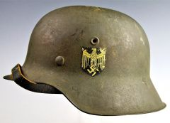 BEAUTIFUL UNISSUED WWII GERMAN M42 COMBAT HELMET