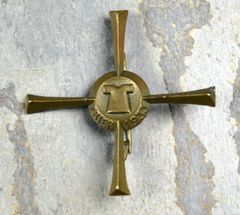 Original Bronze Finished German Trier Cross 1933 with Image Of The Holy Robe