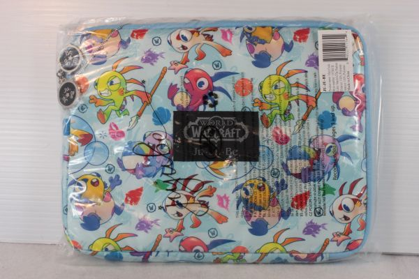Ju-Ju-Be x Blizzard Micro Tech Laptop Case in March of the Murlocs - PLACEMENT A