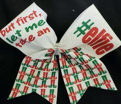 but first let me take an #elfie Glitter Vinyl Cheer Bow
