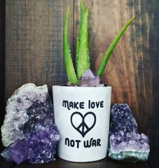 Cement Planter - Make Love Not War