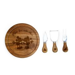 Mickey & Minnie Brie Cheese Board & Tool Set