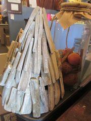 Driftwood Glittler Tree [L]