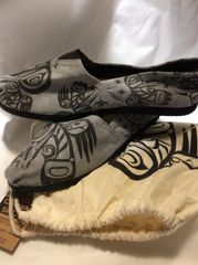 Native Sole - Canvas Shoes, Hummingbird in Flight