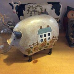 Americana Pig Figurine