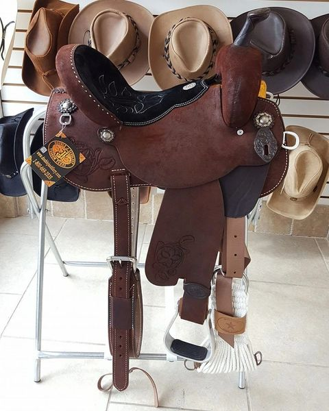 Brittany Pozzi Barrel Racer Saddle