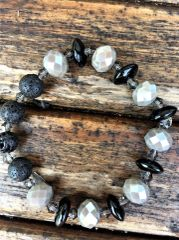 Beaded Diffuser Bracelet, Black/White